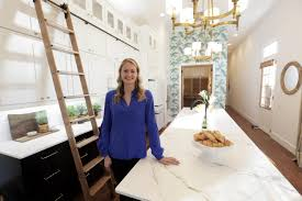 hgtv s small house big easy stylish new orleans living in 1000 meet sarah martzolf
