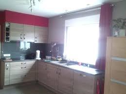 mur cuisine framboise cuisine framboise photos de design d intérieur et décoration de la