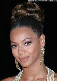 Hochsteckfrisurenen Cosmoty by Beyonce Knowles Mit Extrem Hohen Dutt Hochsteckfrisuren Frisuren