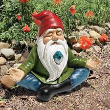 amazon com design toscano zen garden gnome statue patio lawn