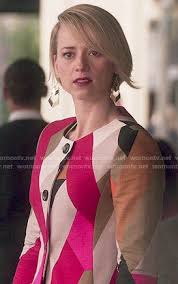 hairstyles of margaux on revenge margaux lemarchal fashion on revenge karine vanasse wornontv net