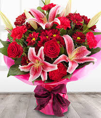 Valentines Day Flowers Valentines Day Flowers From 21 50 Love Is In The Air
