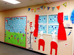 26 free dr seuss bulletin board ideas classroom decorations