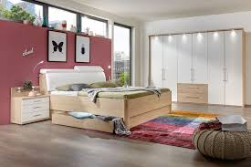 Schlafzimmer Komplett Mit Eckkleiderschrank Funvit Com Wandfarbe Grau Weiß Gestreift