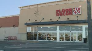 Floor And Decor In Atlanta by Store Employee Accused Of Using Slur 9news Com