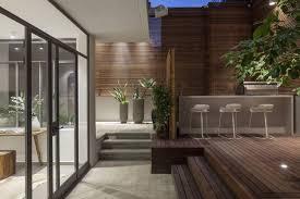 brise vue cuisine cuisine gris et blanc 11 brise vue en bois sur la terrasse dun