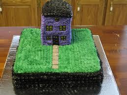 haunted house halloween cake super sweet tooth