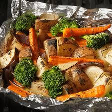 cuisiner des legumes cuisiner les légumes au four sans aluminium nos astuces