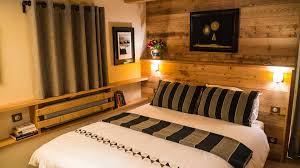 chambre king size home home chalet salvy à méribel