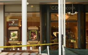 one in failed oakbrook center robbery