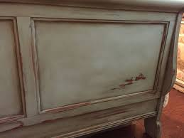 Ivory Painted Bedroom Furniture by Best 20 Sleigh Bed Painted Ideas On Pinterest Cherry Sleigh Bed