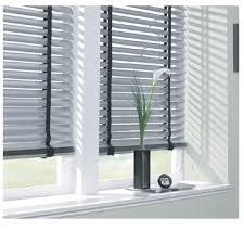 aluminium venetian blinds and curtains dubai