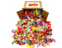 bulk halloween treat bags the best bulk halloween candy on amazon