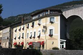 code rome femme de chambre séjour à 2 à l hôtel restaurant rome à nazaire en royans 26