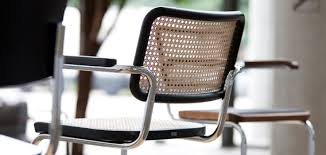 thonet a pioneer of furniture history