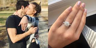 jason aldean wedding ring kelsea ballerini gets engaged on one country