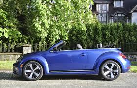 2014 volkswagen beetle reviews and car review 2014 volkswagen beetle convertible turbo driving