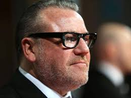 gangster film ray winstone ray winstone on the day he met ronnie kray and urinated all over
