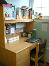 How To Organize My Desk What S On My Desk College Edition Scribbling In The Margins