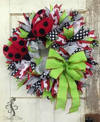 ladybug wreath tutorial 2016 trendy tree blog holiday decor