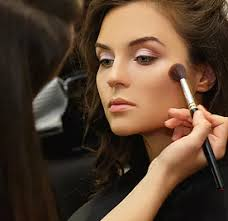pro makeup artist noircosmetics
