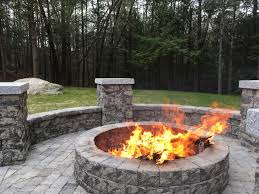 Belgard Fire Pit by 50 Comforting Fire Pit Sitting Idea For A Perfect Evening