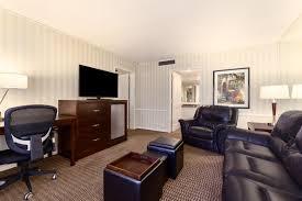 2 bedroom suites los angeles 2 bedroom suites los angeles hotel with jacuzzi in room hotels