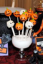 Halloween Themed Cake Pops by Jack O Lantern And Mummy Cake Pops