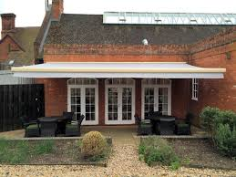 Uk Awnings Commercial Awnings U0026 Awnings Canopies Uk Canopy Experts