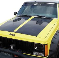 jeep hood vents daystar kj71052bk side hood vents for 84 01 jeep cherokee xj