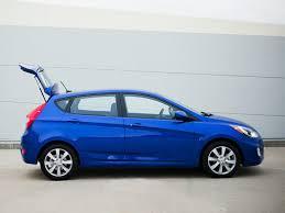 2014 hyundai accent hatchback review 2014 hyundai accent price photos reviews features
