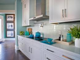 glass tile backsplash ideas pictures tips from hgtv hgtv - Glass Backsplashes For Kitchens Pictures