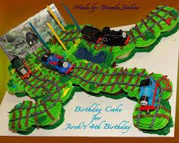 thomas the train cake and cupcake ideas 10382 thomas the t