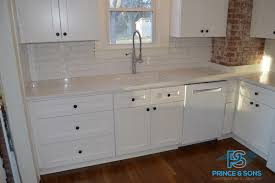 kitchen cabinets or not signs that your kitchen cabinets need to be replaced not refaced