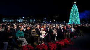 2017 national christmas tree lighting usa trump s crowd at 2017 national tree lighting ceremony sean