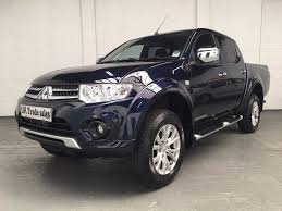 2015 mitsubishi l200 double cab 4wd brand new condition in