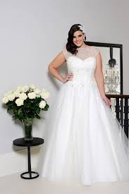 curvy wedding dresses the best wedding dress styles for the curvy wedding dress