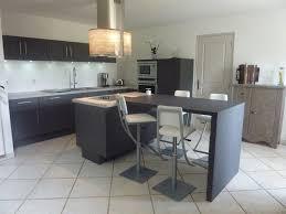 ilot cuisine table beau cuisine ouverte avec ilot table avec cuisine ouverte avec