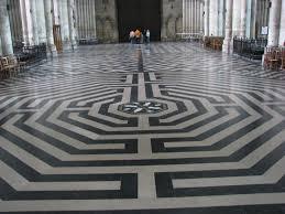 Amiens Cathedral Floor Plan Amiencathedrallabyrinth Jpg