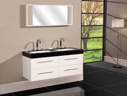 gray wall paitn glass curtain walls black granite countertop