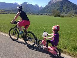 si e bebe velo le casque vélo est obligatoire pour les enfants de moins de 12 ans
