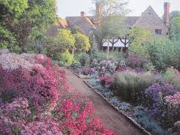 Arts And Crafts Garden - the art of gardens in european culture