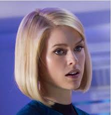 bib haircuts that look like helmet alice eve bob haircut not my fave look in general but i do enjoy