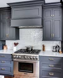 what color hardware looks best on gray cabinets 25 ways to style grey kitchen cabinets