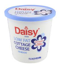Cottage Cheese Low Fat by Daisy Brand Low Fat 2 Milkfat Small Curd Cottage Cheese Hy Vee
