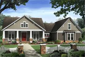 craftsman home plan 4 bedrm 2400 sq ft country house plan 141 1117