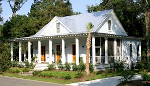 small cabin style house plans new orleans style house plans with courtyard awesome creole