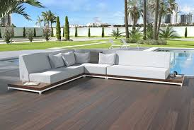 Callisto Outdoor Sofa - Modern outdoor sofa