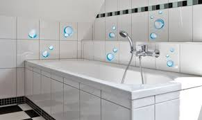 badezimmer fliesenaufkleber farbenspaß in bad und küche mit tollen fliesenaufklebern