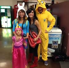 Jake Finn Halloween Costumes 25 Family Halloween Costumes U0027ll Convince Kids